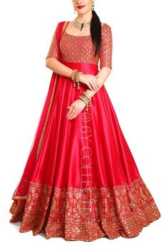 How stunning is this red anarkali lehenga by Gown Party Wear, Party Wear Indian Dresses, Indian Gowns Dresses, Indian Bridal Outfits, Dress Indian Style, Indian Fashion Dresses, Indian Designer Outfits, Pakistani Dresses, Bridal Anarkali Suits
