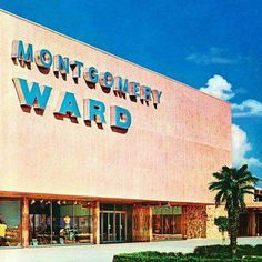 Montgomery Wards corner of F Street and Golden State Highway Bakersfield , California My Childhood Memories, Sweet Memories, School Memories, 90s Childhood, Montgomery Ward, I Remember When, All Family, Thats The Way, My Memory