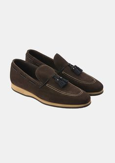 Brown suede loafers with tassel detail, worn by chef Andrea Berton in his 200 Steps video #menswear #mensfashion #shoes #masculine #style #fashion