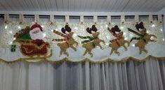 Valance Curtains, Santa, Crafts, Diy, Christmas, Craft, Throw Pillows, Beaded Christmas Ornaments, Christmas Crafts