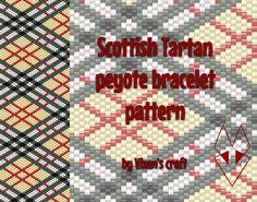 Scottish tartan peyote bracelet pattern by Vixenscraft on Etsy