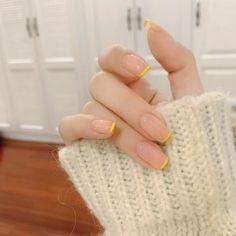 UV Gel Glitter Stiletto Fake Nails Super Sharp Tip Charmpagne Black Press on manicure Tips Shimmer Fingernails Cute Gel Nails, Chic Nails, Stylish Nails, Pretty Nails, Simple Acrylic Nails, Best Acrylic Nails, Simple Nails, Minimalist Nails, Nail Swag