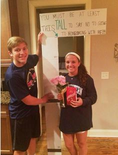 Homecoming Proposals on Homecoming proposal, prom proposal, ideas, cute, original High School Dance, School Dances, Cute Homecoming Proposals, Homecoming Ideas, Prom Posals, Formal Proposals, Teen Prom, Homecoming Dresses, Cute Promposals