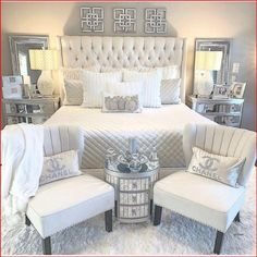 Bedroom Wall Decor Above Bed, Room Ideas Bedroom, Home Decor Bedroom, Glam Bedroom, Bedroom Furniture, 1980s Bedroom, Silver Bedroom Decor, Bedroom Romantic, Bed Room