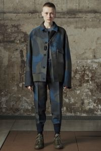 【ルック】「OAMC」2016-17年秋冬パリ・メンズ・コレクション | 2016-17 FW PARIS MEN'S COLLECTION | OAMC | COLLECTION | WWD JAPAN.COM