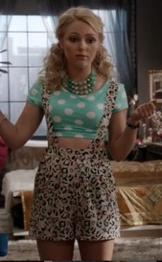 The Carrie Diaries: Carrie Bradshaw's Top 10 Fashion Moments (So Far...) | Style Republic Magazine