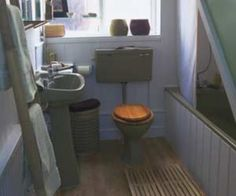 This woman redid her avocado green bathroom with these for Avocado bathroom ideas