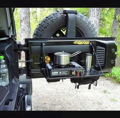 Awesome Jeep Wrangler Camping Accessories - Share this image!Save these jeep wrangler camping accessories for later by sh Jeep Tj, Auto Jeep, Jeep Wrangler Camping, Jeep Mods, Jeep Truck, Jeep Rubicon, Jeep Wrangler Yj, Ford Trucks, Accessoires De Jeep Wrangler
