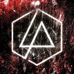 New Linkin Park Logo 2017 #linkinpark #bestbandever #chesterbennington #robbourdon #davidfarrell #braddelson #joehahn #mikeshinoda #heavy #onemorelight #newlogo Charles Bennington, Chester Bennington, Linkin Park Hybrid Theory, Linkin Park Wallpaper, Linkin Park Logo, Linking Park, Linkin Park Chester, Mike Shinoda, Band Logos