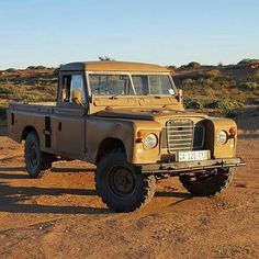 Land Rover 109 Serie III pickup. Nice to life