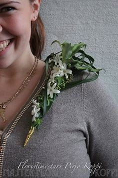 Floral Design: Pirjo Koppi Flavio, Corsages, Wedding Looks, Floral Design, Bouquet, Brooch, Jewellery, Weddings, Creative