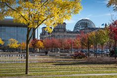 Herbst in Berlin | Autumn in Berlin by visitBerlin, via Flickr © visitBerlin | Scholvien More information: visitBerlin.com