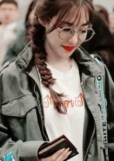Tiffany *-* Sooyoung, Yoona, Snsd Tiffany, Tiffany Hwang, Yuri, Kim Tae Yeon, Oriental Fashion, Girl Bands, Girls Generation