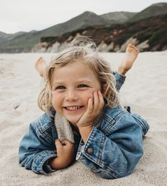baby Happy girls are the prettiest 💕 . you can find similar pins below. We have brought the best of the f. Cute Kids, Cute Babies, Baby Kids, Baby Family, Children And Family, Little People, Little Ones, My Bebe, Happy Girls