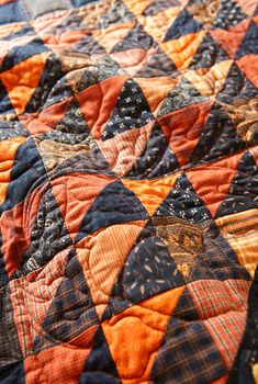 autumn colors quilt- love the black!