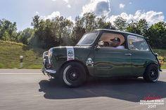 The addition of the bonnet strip is also - Can we get to 4000 today? Mini Cooper S, Mini Cooper Classic, Cooper Car, Classic Mini, Classic Cars, Retro Cars, Vintage Cars, Mini Cafe, Mini Morris