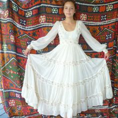 Vintage Full Lengthoff-white Floral Pattern  Gunne Sax Prairie Dress