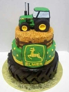 Kale wants a John Deere party this year and I absolutely love this!