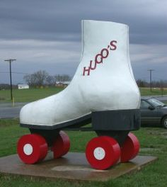 World's Largest Roller Skate - Virginia