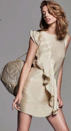 [Fashion Editorial] Ondria Hardin In Rebecca Vallance For ELLE Australia '18.