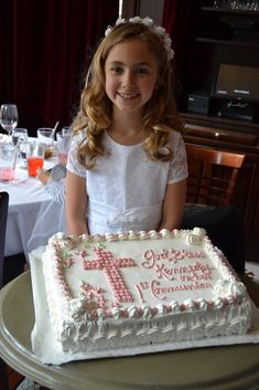 Best 12 First Communion Cake First Holy Communion Cake, First Communion Dresses, Comunion Cakes, Confirmation Cakes, Baptism Cakes, Cross Cakes, Baptism Party, Occasion Cakes, Beautiful Cakes