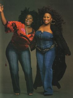 Angie Stone and Chaka Khan Two Phenomenal Full Size Talented Women My Black Is Beautiful, Black Love, Beautiful People, Beautiful Eyes, Beautiful Women, Black Girls Rock, Black Girl Magic, Afro, Vintage Black Glamour
