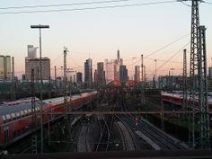 Skyline, Hauptbahnhof, Camberger Brücke
