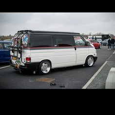 And So It Starts With The Dubshed Shots. @__beardy_baldy_mike_ 's T4… Vw Bus, Vans Noir, Volkswagen Transporter T4, Mercedes Benz Vito, T4 Camper, Custom Campers, Day Van, Video Game Rooms, Van Wrap