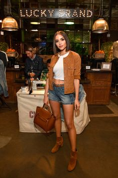 Olivia Culpo Photos - Actor Olivia Culpo at Lucky Brand Presents Lucky Lives On FW 2017 Preview on May 12, 2017 in Los Angeles, California. - Lucky Brand Presents Lucky Lives on FW 2017 Preview