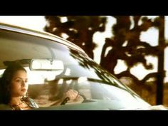 the first time i heard her...i knew she would be a hit. Norah Jones' first hit - Come Away With Me.