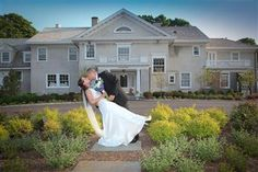 Photograph by Lessing's Waterfront Mansions from LIWeddings.com