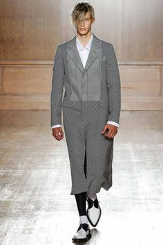 Alexander McQueen Spring 2015 Menswear - Collection - Gallery - Look 1 - Style.com