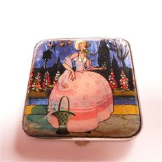 VINTAGE FOIL BUTTERFLY WING CRINOLINE LADY POWDER COMPACT (Gwenda)