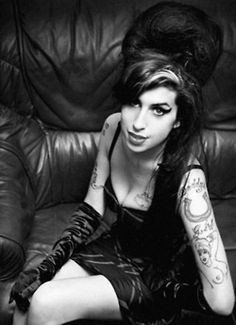 Amy Winehouse. - Click image to find more Film, Music & Books Pinterest pins