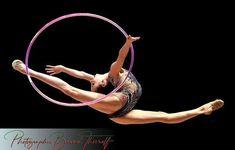 Gymnastics Competition, Rhythmic Gymnastics, Gymnastics Photos, Contortion, World Of Sports, Hoop, Dancers, Drawing, Board