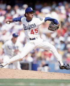 Pedro Martinez elected into the Hall Of Fame La Dodgers Players, Let's Go Dodgers, Dodgers Nation, Dodgers Baseball, Baseball Players, Pro Baseball, San Francisco Giants, Mlb The Show, Baseball Pictures