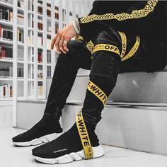 Sweatshirt street style men guys 47 ideas nyc mens fashion one da Fashion Mode, Urban Fashion, Mens Fashion, Fashion Outfits, Street Fashion, Latest Fashion, Fashion Tips, Fashion Trends, Streetwear Mode