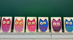 """Pöllö"" 1.lk (Alakoulun aarreaitta FB -sivustosta / Anu Kemppainen) Preschool Art, Preschool Activities, Paintings Famous, Oil Paintings, Crafts For Kids, Arts And Crafts, Textiles, Autumn Crafts, String Art"