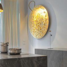 Catellani&Smith Luna Piena è l'ideale per illuminare e impreziosire una parete vuota, priva di vita!