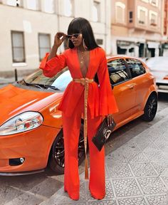 showing us how to do colour the right way Outfit: ____________________________ Suit Fashion, Look Fashion, Girl Fashion, Fashion Dresses, Womens Fashion, Classy Outfits, Stylish Outfits, Fashion Killa, Suits For Women