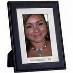 Personalized Photo Frames will keep those fond college memories close at hand with dynamic custom photo frames.