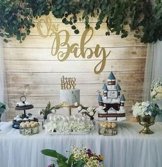 Wood and Eucalyptus Baby Shower Planning and Decorations: Fun Baby Shower Games, Boy Baby Shower Themes, Baby Shower Decorations, Baby Boy Shower, Baby Showers, Table Decorations, Jamel, Baby Shower Vintage, Baby Sprinkle