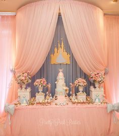Look at this Cinderella Party Inspiration!Who never dreamed about a Cinderella Party? Princess Birthday Party Decorations, 1st Birthday Party For Girls, Princess Theme Party, Girl Birthday Themes, Disney Princess Party, Cinderella Birthday Parties, Cinderella Party Games, Cinderella Party Decorations, 3rd Birthday