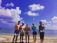 青空の下でパシャリ 空に負けないくらい笑顔がステキな皆さんでした #seanasurf #seana #okinawa #sup #sun #シーナサーフ #シーナ #沖縄 #サップ #青空 #梅雨 #晴れ Surfing, Couple Photos, Couple Pics, Surf, Surfs Up, Surfs