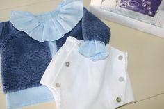 Culetin botones  con camisa cuello volante y chaqueta básica  punto musgo.