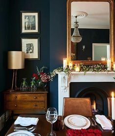 New Kitchen Dark Blue Walls Light Fixtures Ideas Living Room Paint, Living Room Colors, New Living Room, Living Room Designs, Living Room Decor, Living Room Ideas Dark Blue, Dark Blue Walls, Black Walls, Navy Walls