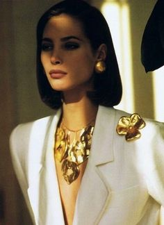 My Passion For Fashion & Jewelry - Christy Turlington: Yves Saint Laurent S/S 1990 Ad Fashion Mode, 80s Fashion, Look Fashion, Vintage Fashion, High Fashion, Christy Turlington, Vintage Outfits, Classy Outfits, Vintage Beauty