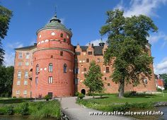 Gripsholm castle Book now and save up to 70% on all first class and business class tickets. www.flywithclass.com