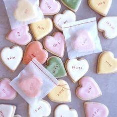 Conversation Heart Cookies from Martha Stewart via Foodily.