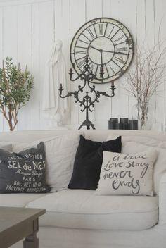 Shabby Chic ,Love The Clock